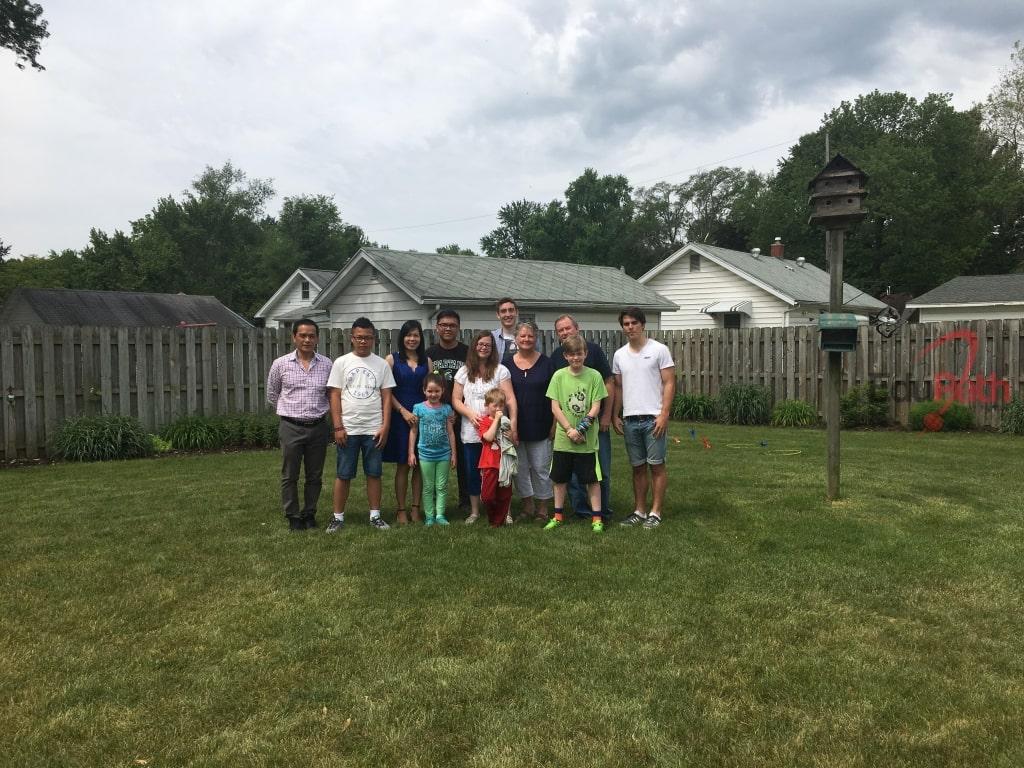 Gia đình host và gia đình chị Thuỷ