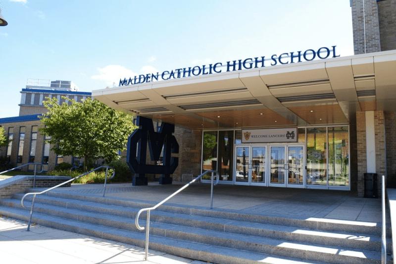 Malden-Catholic-Boys-and-Girls-School-Du-học-Edupath