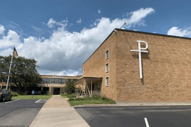 Regis-Catholic-High-School-Du-học-Edupath
