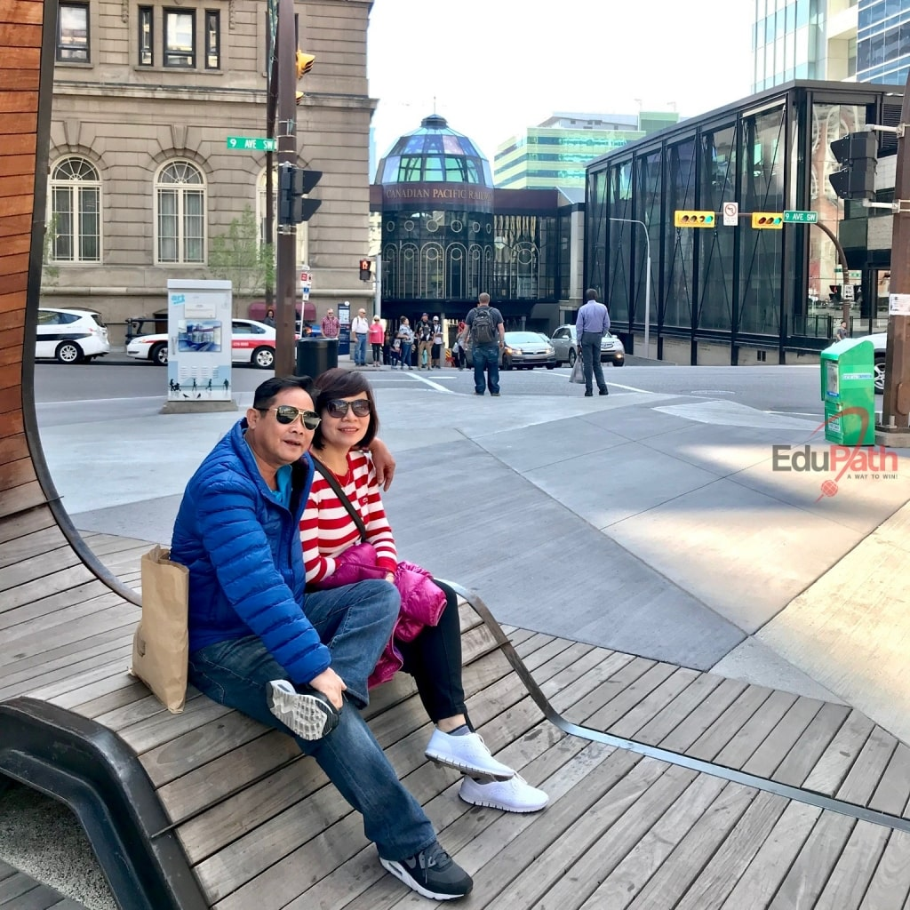Anh Xuyên cùng vợ đi du lịch Canada