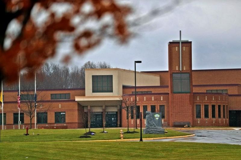 Khuôn viên trường Guerin Catholic High School - Du học EduPath