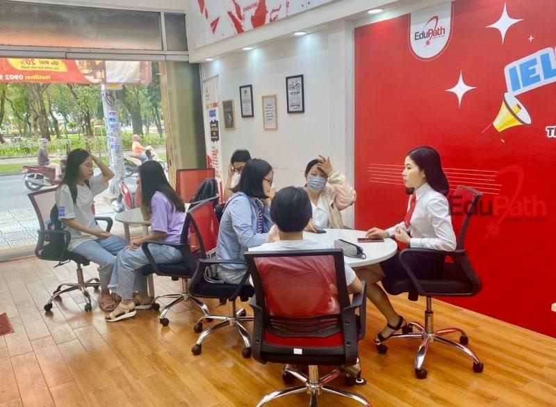 Văn phòng tư vấn trung tâm The Edge tại Hồ Chí Minh