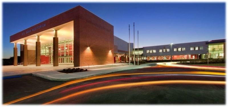 Edgewater-High-School-Du-học-Edupath
