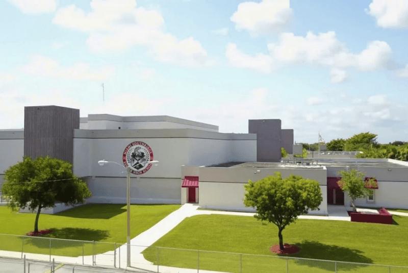Miami-Dade-County-Public-Schools-Du-học-Edupath