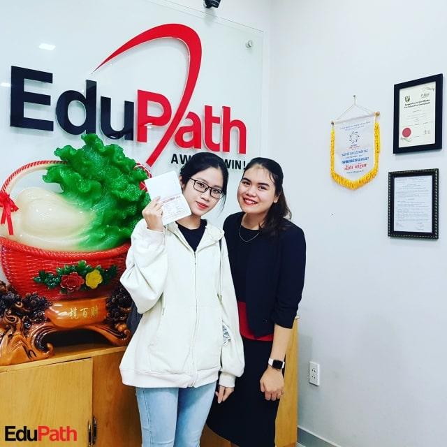 Du học sinh EduPath Lê Thảo Ly đậu visa du học Canada