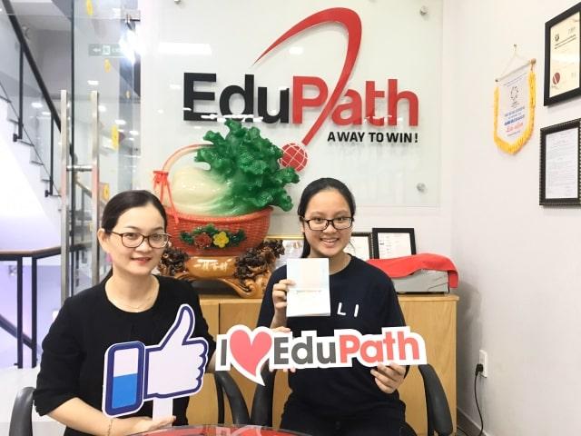 Học sinh Hoàng Nguyễn Anh Thư  nhận visa du học Canada - Du học EduPath