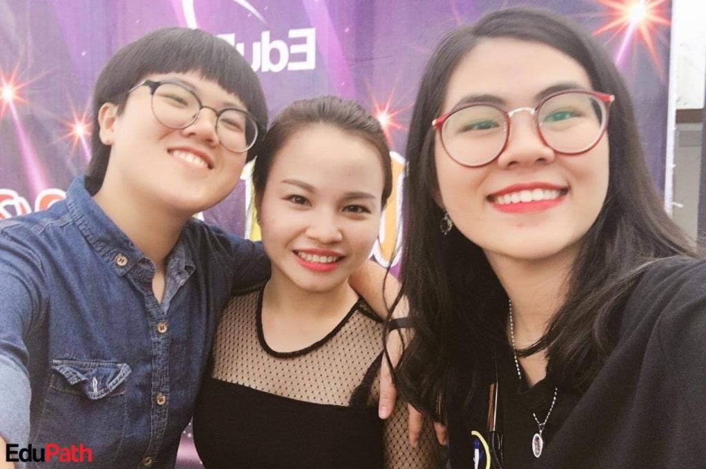 Ly Na & tư vấn viên EduPath