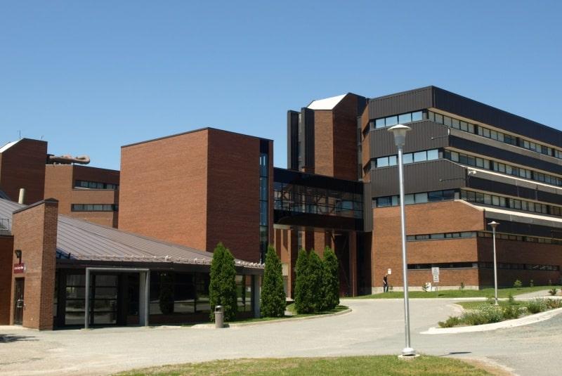 Cambrian-College-Du-học-Edupath