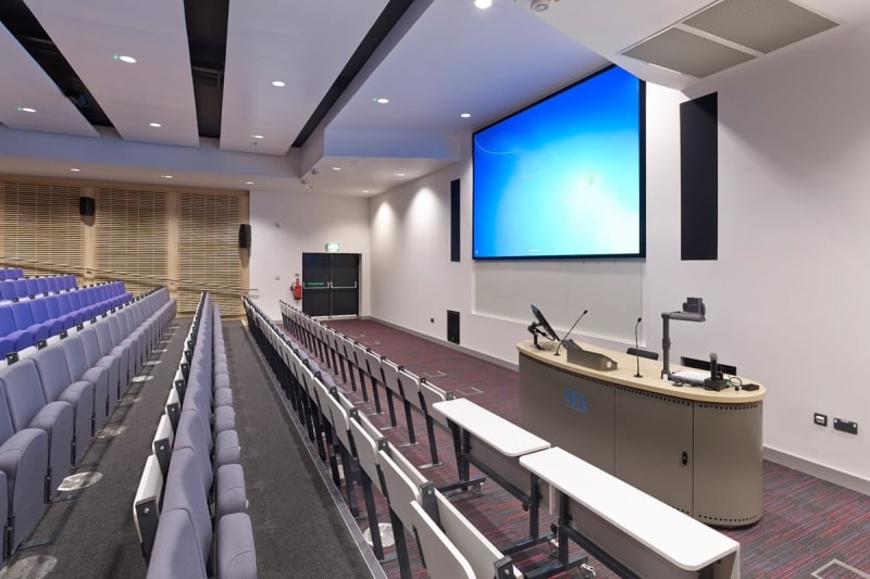 Bên-trong-University-of-East-Anglia-Du-học-Edupath