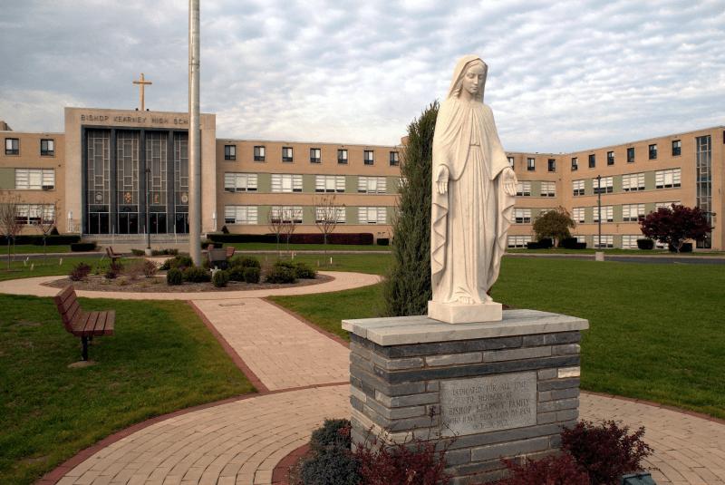 Bishop-Kearney-High-School-Du-học-Edupath