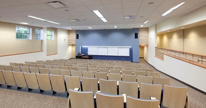 Giảng-đường-University-of-Wisconsin-Superior-Du-học-Edupath