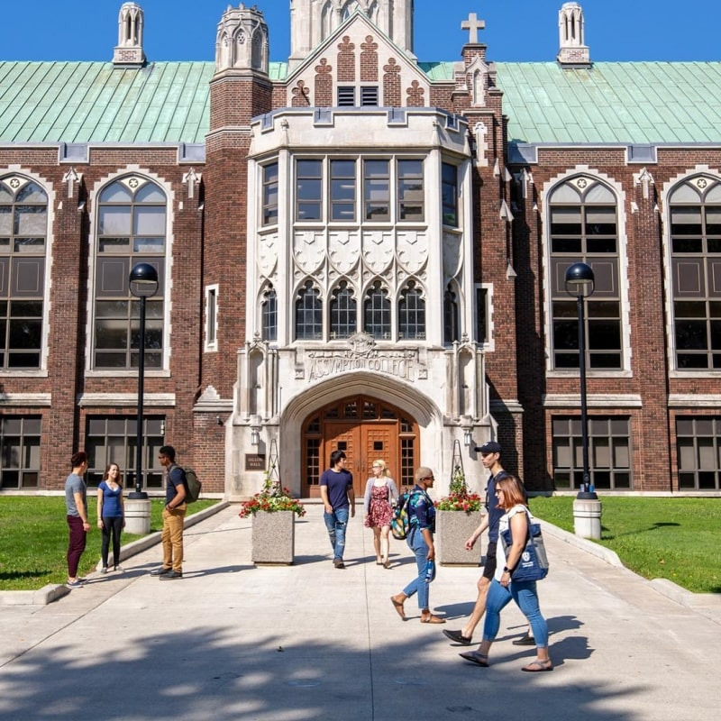 Khuôn-viên-University-of-Windsor-Du-học-Edupath