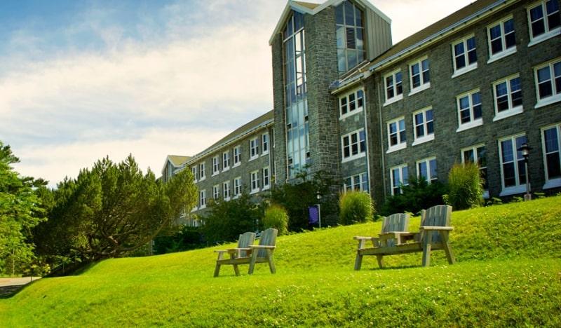 Khuôn-viên-của-trường-Mount-Saint-Vincent-University-Du-học-Edupath