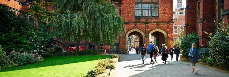 Khuôn-viên-Newcastle-University-Du-học-Edupath