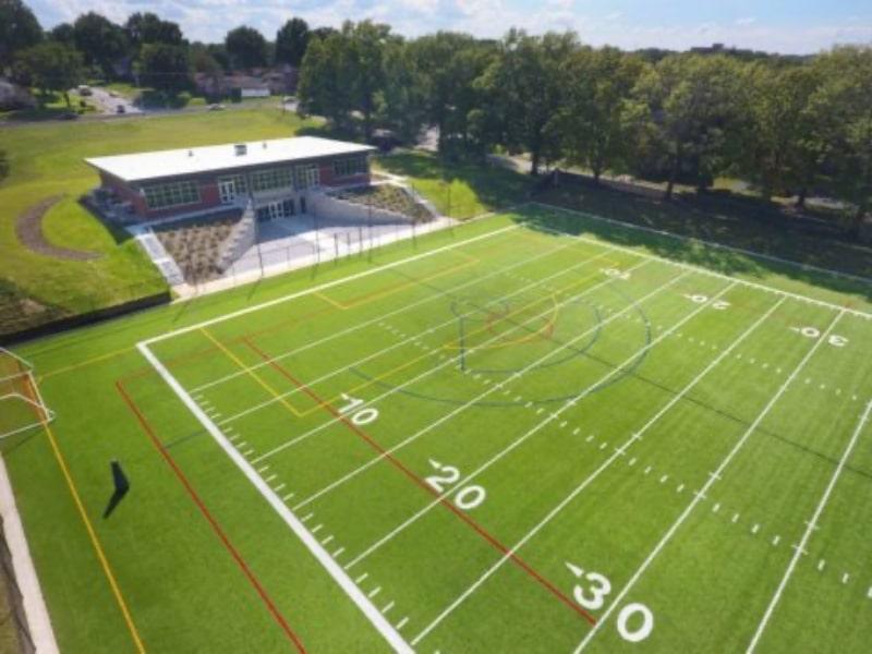 Sân-vận-động-của-Assumption-High-School-Du-học-Edupath