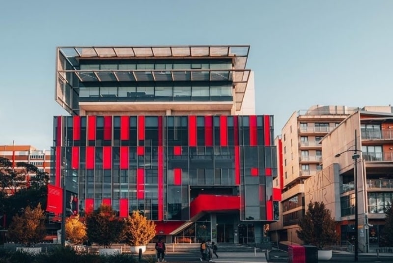 Swinburne-University-of-Technology-Du-học-Edupath
