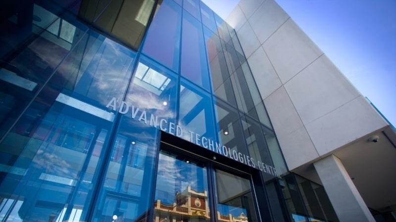 Trung-tâm-công-nghệ-Swinburne-University-of-Technology-Du-học-Edupath