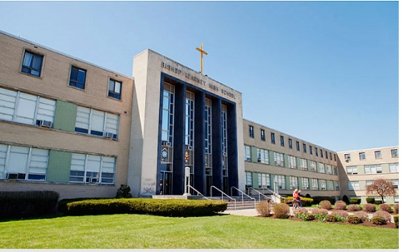 Trường-Bishop-Kearney-High-School-Du-học-Edupath