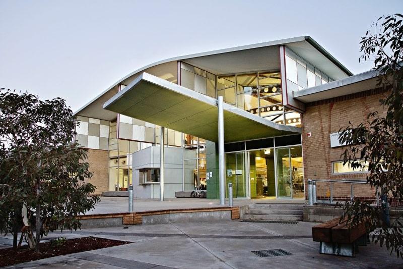 Trường-Charles-Sturt-University-Du-học-Edupath