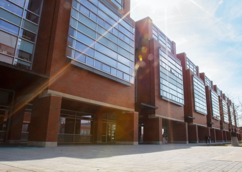 Trường-Ontario-Tech-University-Du-học-Edupath