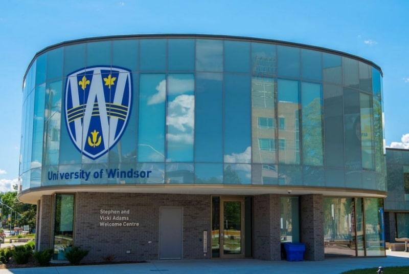 University-of-Windsor-Du-học-Edupath