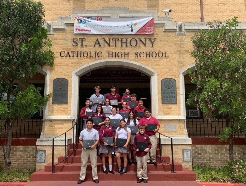 St.-Anthony-Catholic-High-School-Du-học-Edupath
