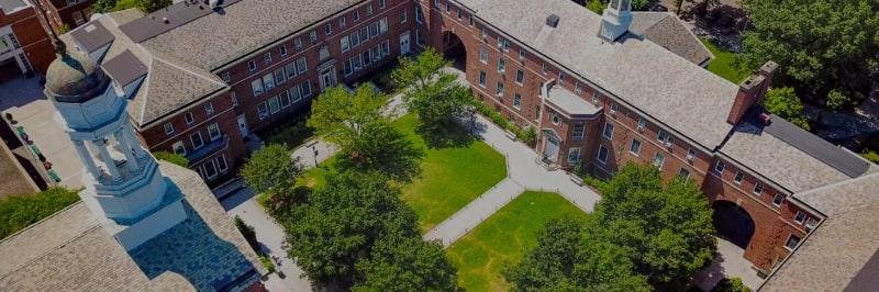 Khung-cảnh-tổng-quát-của-Manhattan-College-Du-học-Edupath