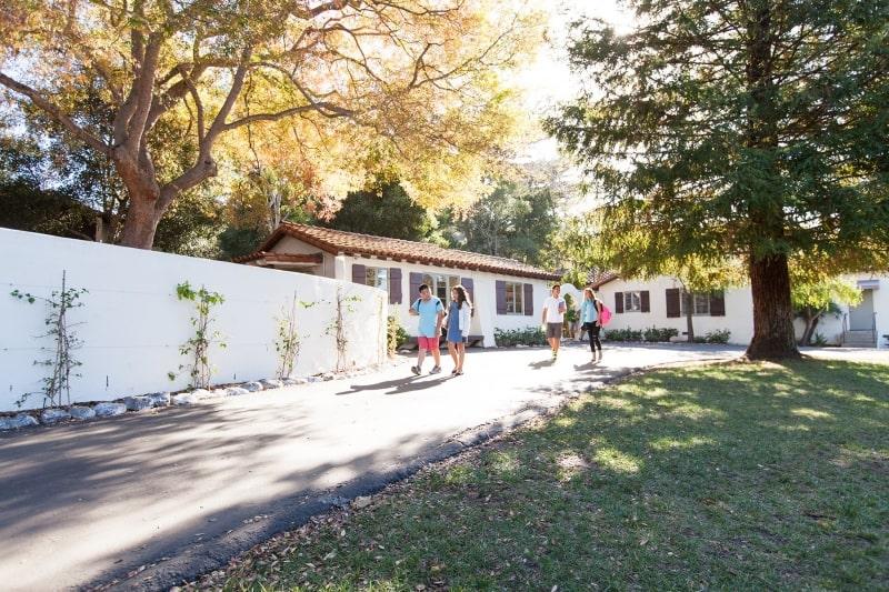 Khuôn-viên-của-Laguna-Blanca-School-Du-học-Edupath