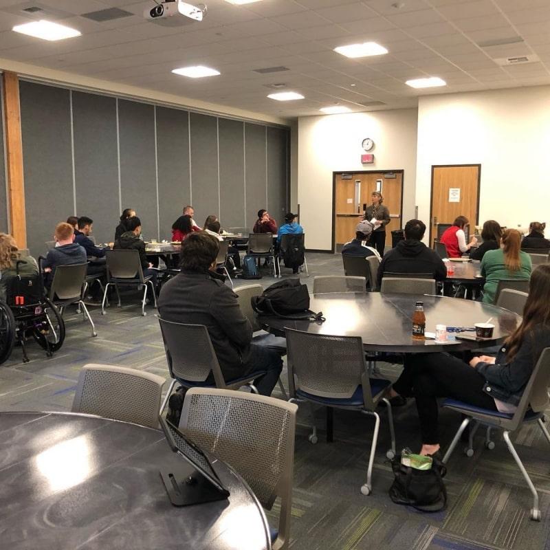 Lớp-học-của-South-Puget-Sound-Community-College-Du-học-Edupath