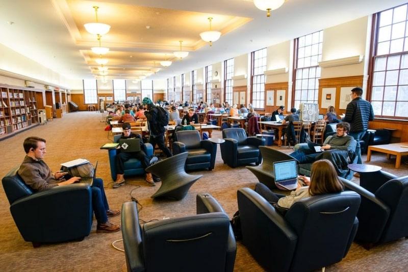 Phòng-tự-học-của-University-of-Maine-Du-học-Edupath