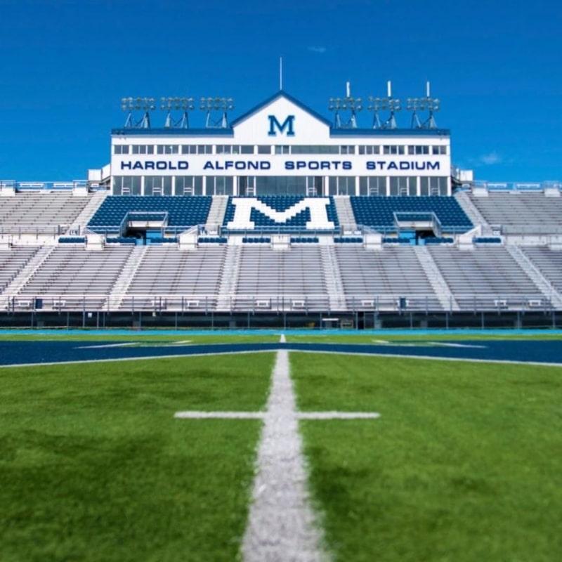 Sân-vận-động-của-trường-University-of-Maine-Du-học-Edupath