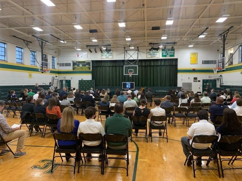 Sự-kiện-của-Lansdale-Catholic-High-School-Du-học-Edupath