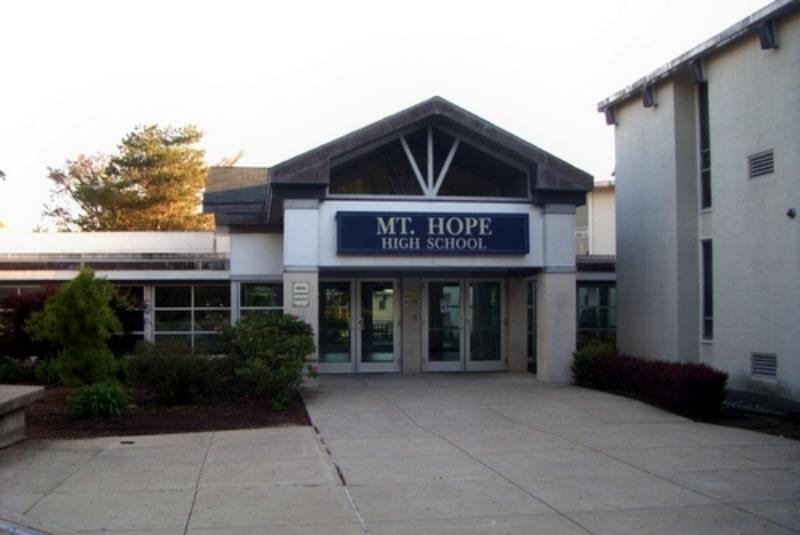 Mt.-Hope-High-School-Du-học-Edupath