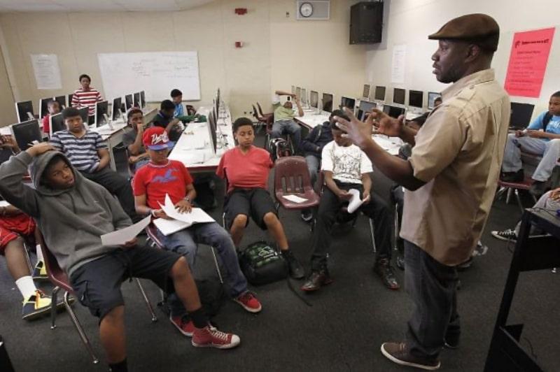 Trường-Oakland-Public-Schools-Du-học-Edupath